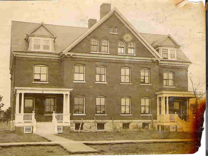 Building 4 Officers Quarters 1894